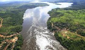 Amazonia : pobreza en medio de riqueza