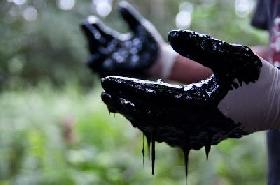 La Corte de La Haya suspendió la sentencia a Chevron a pagar 18.000 millones de dólares por contaminación de la Amazonia