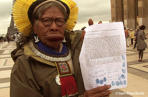 Indian Chief Raoni and representatives of indigenous peoples of Xingu (Brazil) request international support against the proposed Belo Monte dam project