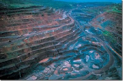 Dossier : barrage de BELO MONTE en Amazonie brésilienne : un moyen de viabiliser définitivement les activités minières en terres indigènes