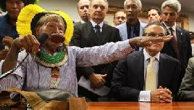 THE STRONG DEMONSTRATION AGAINST THE BRAZILIAN CONGRESS BY CHIEF RAONI AND 300 INDIGENOUS PEOPLE SOWS THE SEEDS OF AN