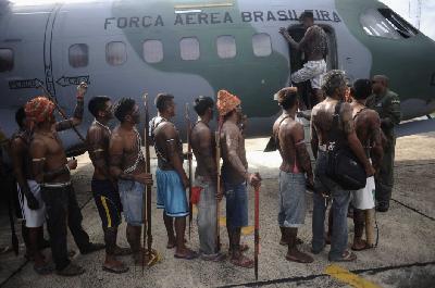 Droit des peuples - Le combat sans fin des Indiens du Brésil 728
