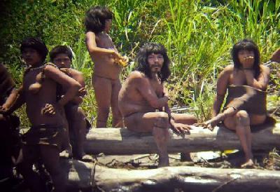 Safaris humains dans la jungle péruvienne