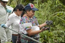 Rigoberta Menchu Witnesses Chevron's Damage in Ecuador